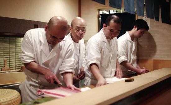 Nhật Bản sẽ cấp chứng chỉ cho đầu bếp nước ngoài