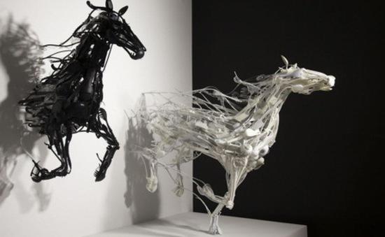 Ngắm bộ sưu tập loài vật 3D được sáng chế từ... nhựa tái chế