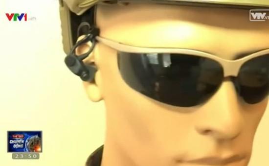 Thụy Điển phát triển tai nghe công nghệ cao trong chiến đấu