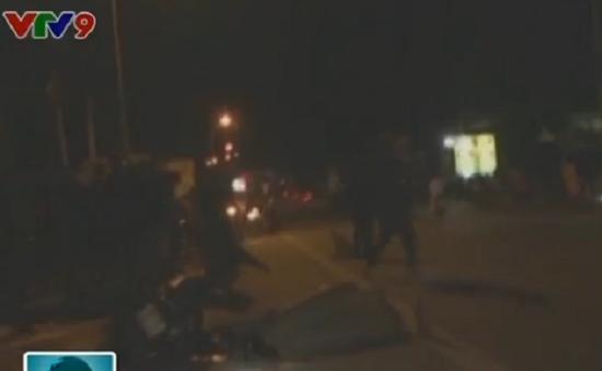 Đồng Nai: Va chạm giữa xe tải và xe máy, 3 người thương vong