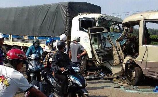 41 người chết và 50 người bị thương do TNGT ngày 2/5