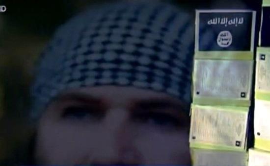 Ba kẻ tấn công tại Paris có tên trong hồ sơ của IS