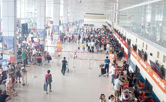 Vì sao ACV tăng phí dịch vụ hàng không?