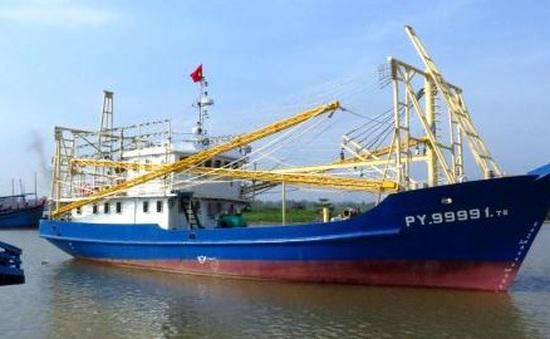 Bàn giao tàu cá vỏ thép cho ngư dân Thừa Thiên - Huế
