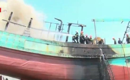 Vũng Tàu: Tàu cá cháy, 1 người nguy kịch