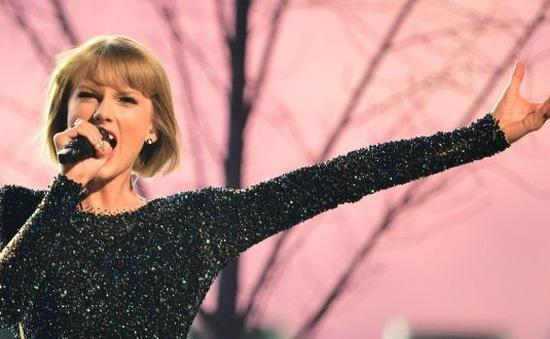 Taylor Swift góp 1 triệu USD cứu trợ nạn nhân lũ lụt Louisiana