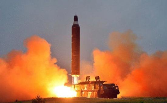 Hàn Quốc lên án Triều Tiên về vụ phóng tên lửa