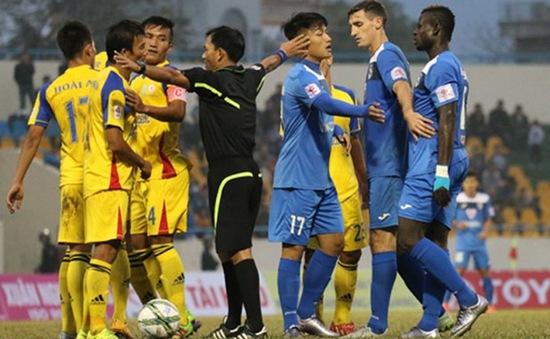 Thể thao 24h: Than Quảng Ninh nhận án phạt của VFF, Pep kết Bonucci