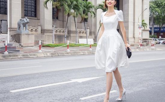 Ngất ngây với bộ sưu tập váy ngắn của Á hậu Thanh Tú