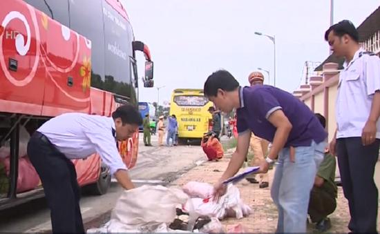 Phát hiện vụ vận chuyển thực phẩm bẩn số lượng lớn tại Cần Thơ