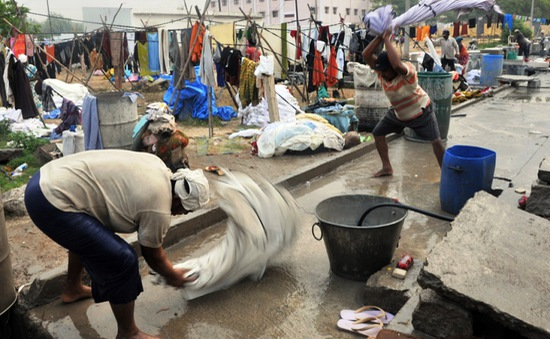 Những thợ giặt truyền thống thời hiện đại ở Ấn Độ