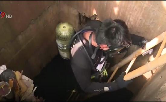 Bình Dương huy động thợ lặn tìm bé trai mất tích dưới cống