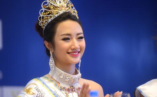 Tân Hoa hậu Bản sắc Việt toàn cầu khẳng định không biết trước câu hỏi