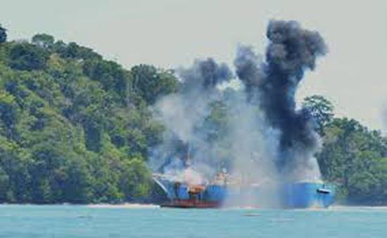 Thuyền máy phát nổ tại Phú Yên, 4 người thương vong