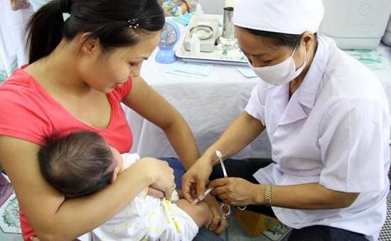 Hà Nội mở đăng ký tiêm vaccine Pentaxim đợt mới