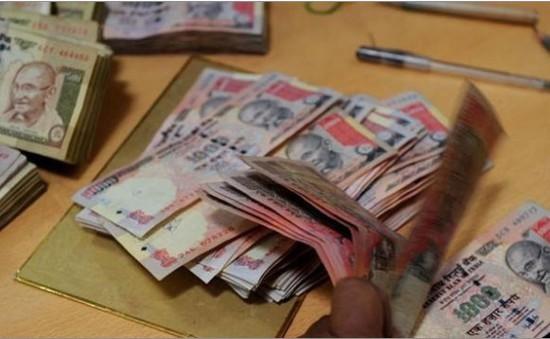 Biểu tình lớn tại Ấn Độ phản đối thu hồi tiền mệnh giá lớn