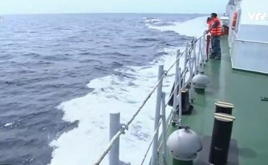 Phát hiện vệt dầu loang ở khu vực tìm kiếm máy bay CASA 212