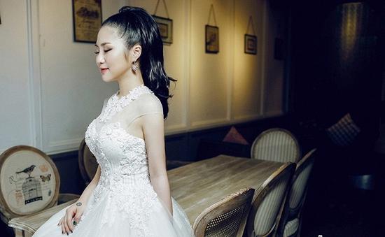 Hương Tràm ngọt ngào trong bộ ảnh cưới