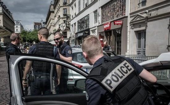 Pháp chi 250 triệu Euro để hiện đại hóa trang thiết bị cảnh sát