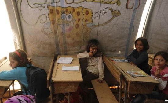 Nỗ lực giúp đỡ trẻ tị nạn được đến trường