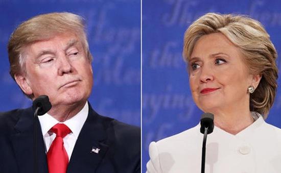 Tranh cử Tổng thống Mỹ: Ông Trump còn kém bà Clinton 4 điểm