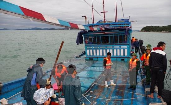Diễn tập nâng cao kỹ năng cứu hộ cứu nạn trên sông