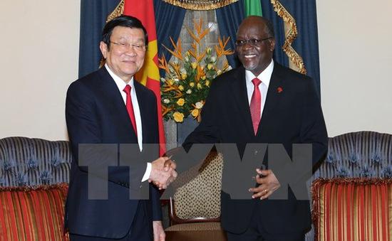Chủ tịch nước kết thúc tốt đẹp chuyến thăm Tanzania, Mozambique và Iran