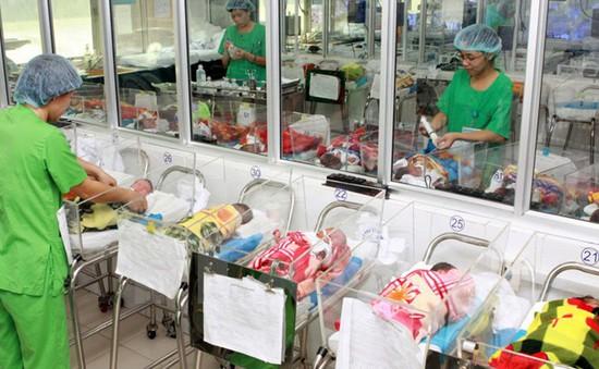 Em bé đầu tiên ra đời nhờ thụ tinh nhân tạo tại Bắc Ninh