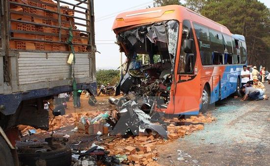65 người chết vì tai nạn giao thông trong 3 ngày nghỉ Tết Dương lịch