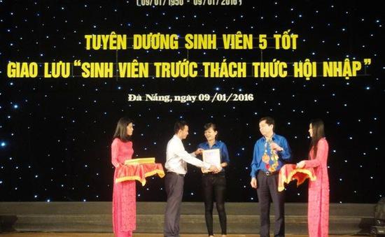 """Thành đoàn Đà Nẵng tuyên dương """"Sinh viên 5 tốt"""""""