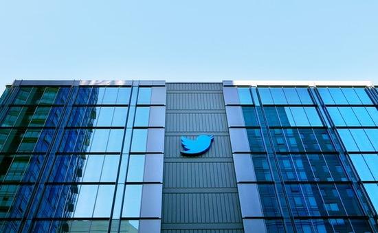 Cổ phiếu Twitter giảm mạnh sau tin Google không có ý định mua lại