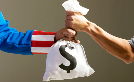 Anh siết chặt quản lý nạn tránh thuế