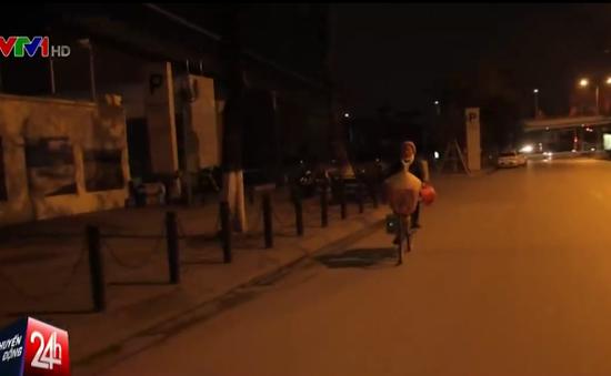 Cuộc sống mưu sinh trong đêm đông ở Hà Nội