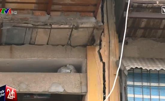 Hàng loạt tập thể cũ ở Hà Nội phải di dời khẩn cấp
