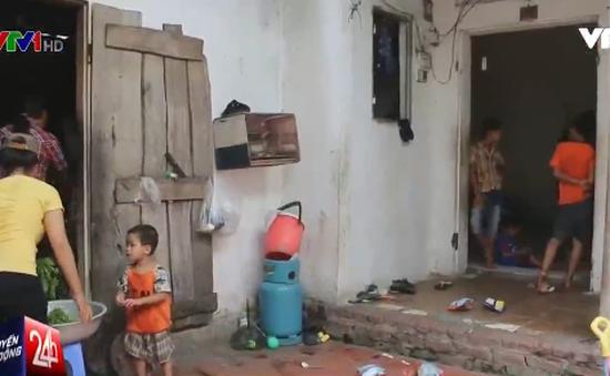 Cuộc sống cơ cực của gia đình có đến... 14 người con tại Hà Nội