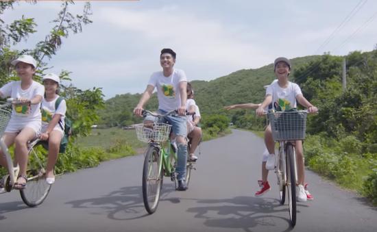 Café Sáng với VTV3: Đã mắt với MV mới của Noo Phước Thịnh