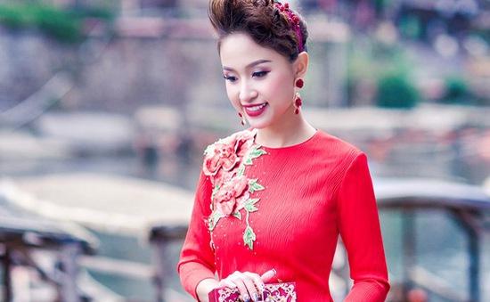 Vân Hugo đẹp ngỡ ngàng tại Trung Quốc