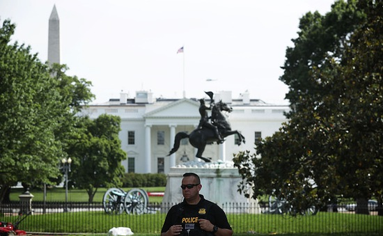 Phát hiện vật thể khả nghi trong khuôn viên Nhà Trắng