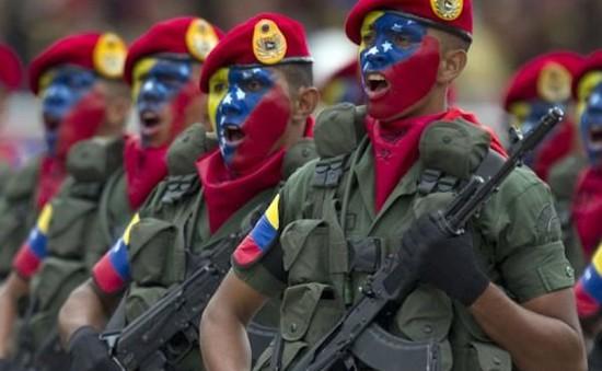 Venezuela diễn tập quân sự