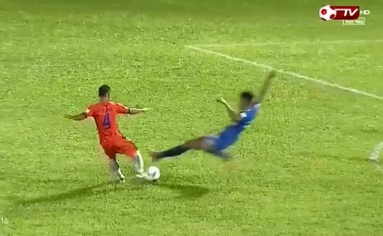 Vào bóng triệt hạ, cầu thủ Than Quảng Ninh chính thức bị treo giò 3 trận