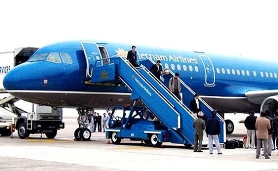 Xem xét xử lý hình sự vụ trộm 400 triệu đồng trên máy bay