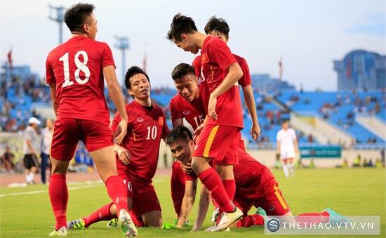 Xuân Trường - Văn Quyết phối hợp ăn ý ghi bàn thứ 2 cho ĐT Việt Nam