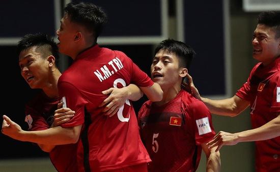 [KT] Italia 2 - 0 Việt Nam: Việt Nam lọt vào vòng knock-out