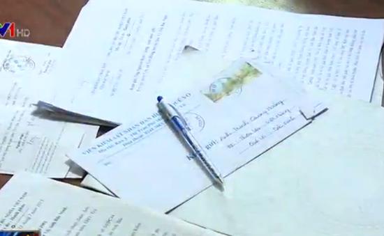 Bắc Ninh: Em gái chủ tịch xã vỡ nợ, người dân khốn đốn