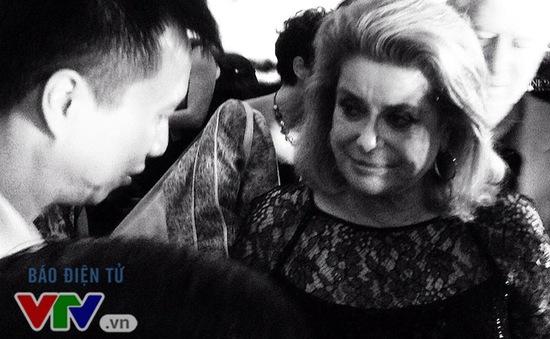 Catherine Deneuve: Mọi thứ vẫn rất sống động