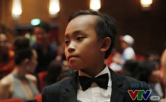 Không phải Sơn Tùng M-TP, Hồ Văn Cường mới là người tỏa sáng ở VTV Awards 2016