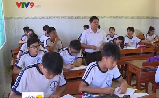 """Hành trình """"mang"""" chữ tới lớp học cấp 3 đầu tiên trên xã đảo Thạnh An"""