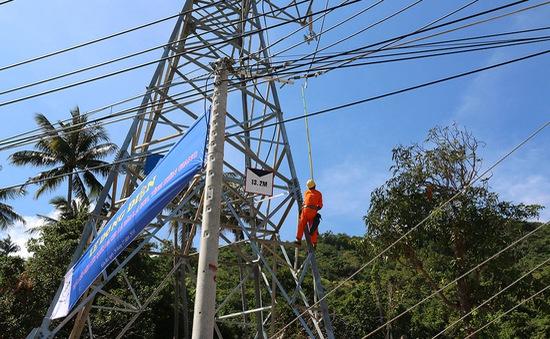 Xã đảo Lại Sơn đón điện lưới quốc gia
