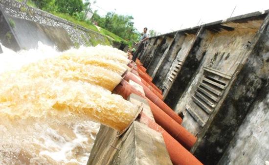 Xả nước thủy điện phía Bắc phục vụ đổ ải