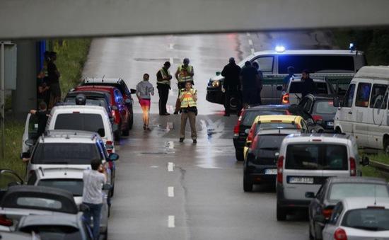 """Sự kiện quốc tế nổi bật tuần qua (18 - 24/7):  Bạo lực vẫn chưa """"buông tha"""" châu Âu"""